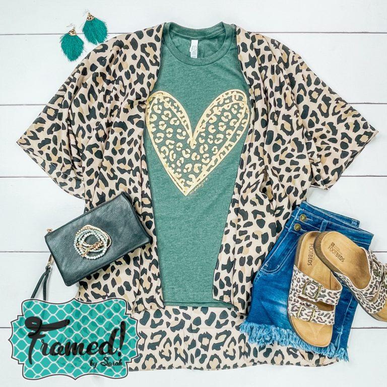 August 2021 T-shirt Club Leopard Kimono